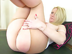 Mature, MILF, British, Pantyhose